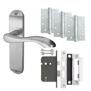 """Broadway Door Handle On Backplate - Fire Rated Latch Door Pack With 4"""" Hinges - Satin Chrome"""